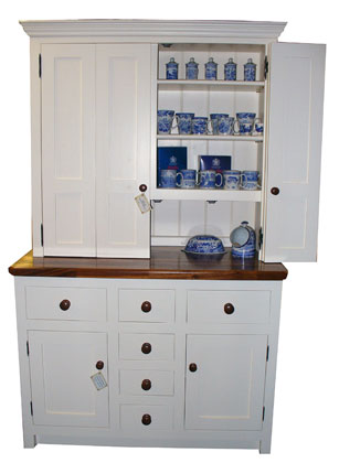 Freestanding kitchen dressers larder units oak kitchen for Fitted kitchen dresser unit